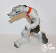 """Скульптура """"Волк"""" из композиции """"Волк и три поросёнка"""""""